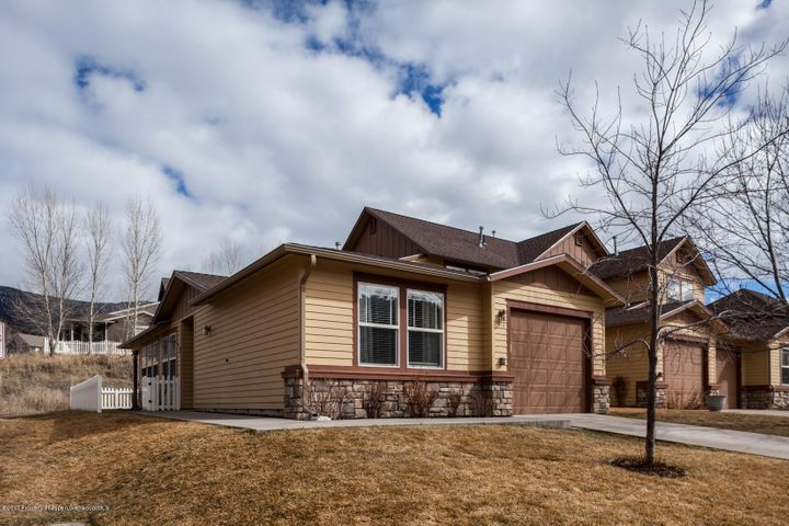 390 Maroon Court, New Castle, CO 81647