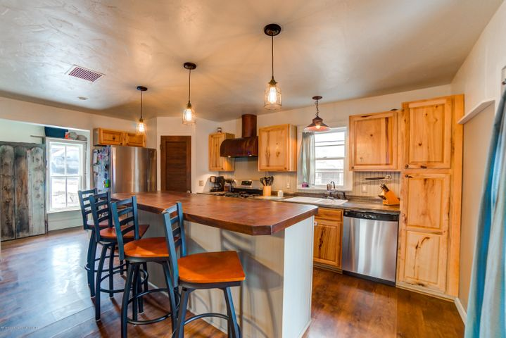 411 W 28th Court, Rifle, CO 81650