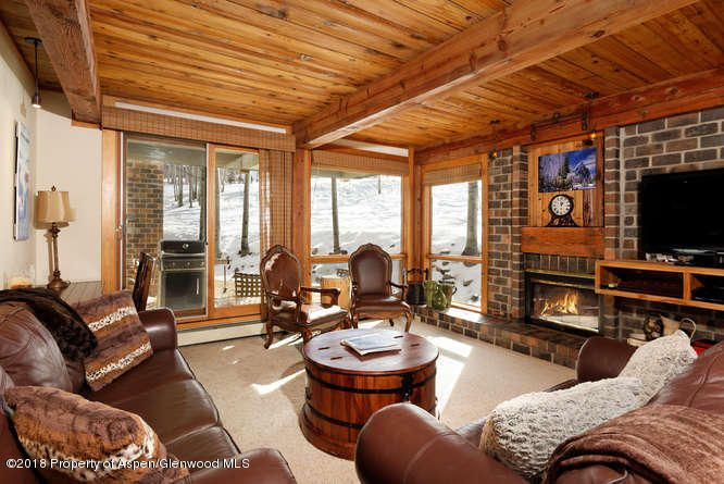 855 Carriage Way, Slope 207, Snowmass Village, CO 81615