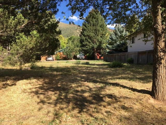 1316 Pitkin Avenue, Glenwood Springs, CO 81601