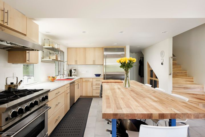 Newly remodeled commercial grade kitchen