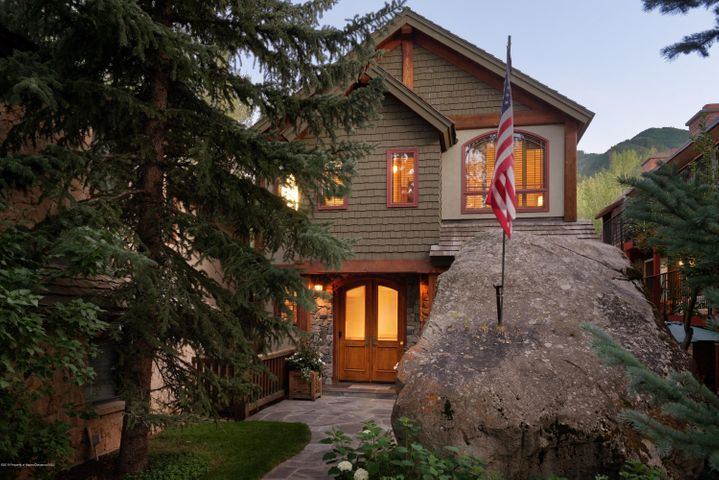 917 E Hyman Avenue, Aspen, CO 81611