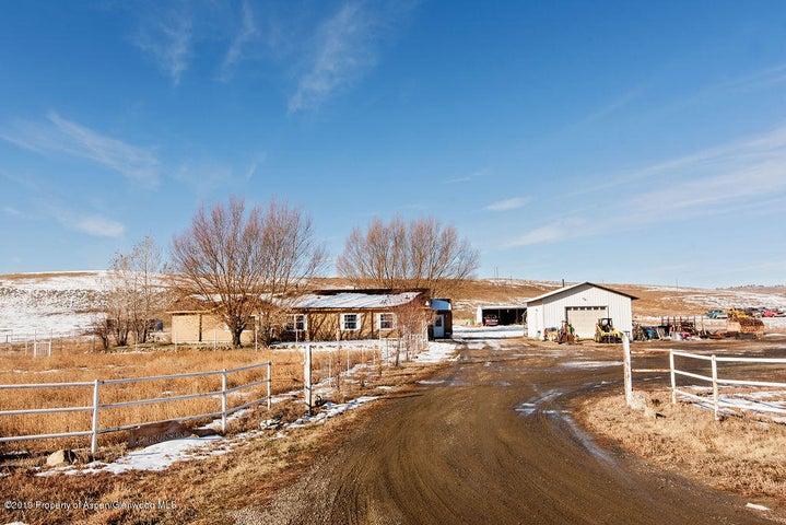 155 Country Lane, Craig, CO 81625