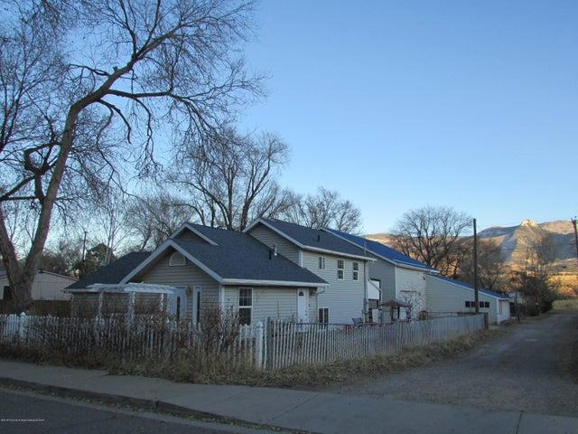 327 Evans Avenue, Parachute, CO 81635