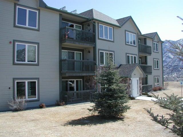 790 Castle Valley Boulevard, Unit J, New Castle, CO 81647