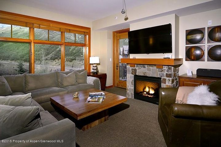 90 Carriage Way, Unit #3317, Snowmass Village, CO 81615