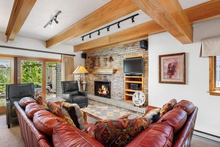 690 Carriage Way, B-1a, Snowmass Village, CO 81615