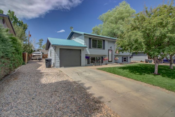 1915 W 2nd Street, Craig, CO 81625