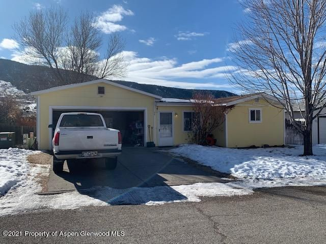 34 W Tamarack Circle, Parachute, CO 81635