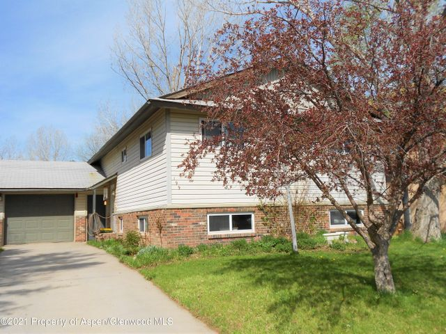 199 Clearwater Road, Carbondale, CO 81623