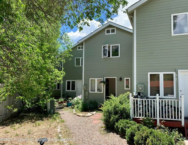 372 S 8th Street, Carbondale, CO 81623