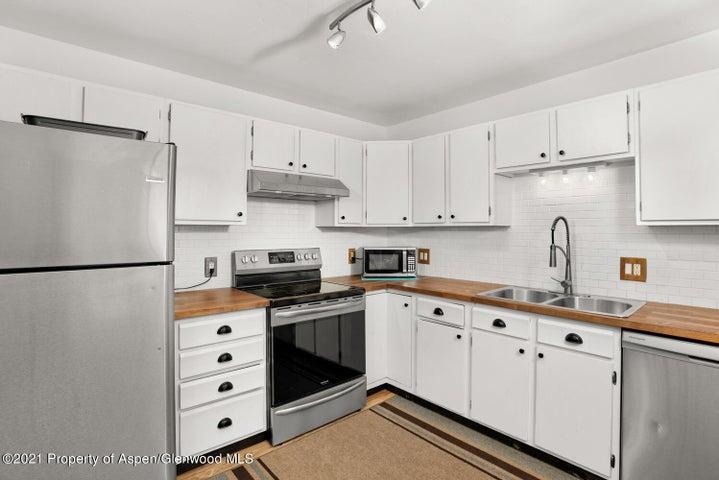 871 Colorado Avenue, Carbondale, CO 81623