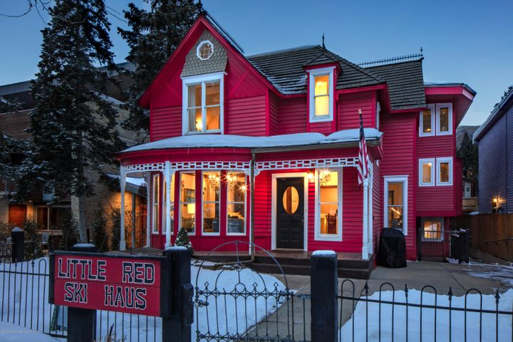 A charming historic Victorian in the central core of Aspen. Just blocks away from Lift 1A and the Gondola, this property is perfect for a large family retreat or convert into a bed and breakfast! Property is currently listed as a vacation rental with an impressive rental history. Property available as residential or commercial.