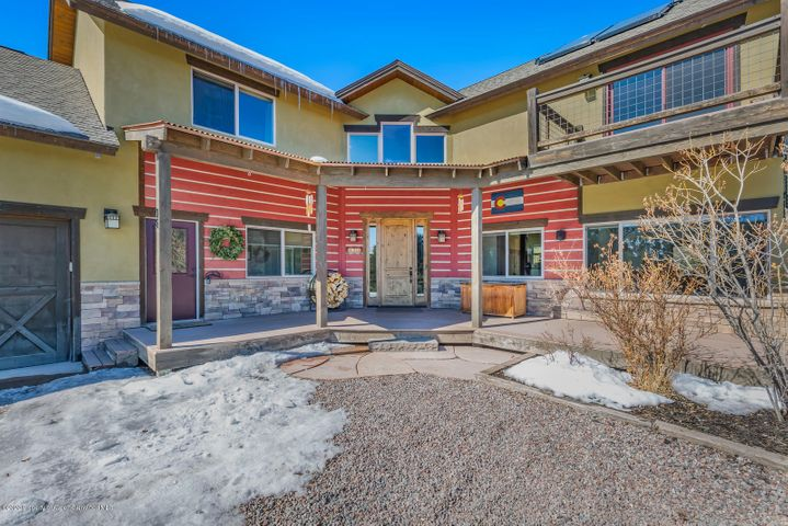Only 4.5 miles to Highway 82 & an easy commute to work or schools. Take in the awe-inspiring views of Basalt Mountain & Red Tables from this luxury 4 bedroom+loft home! High quality finishes throughout the home include Alder cabinets, Granite Counters, 6 burner, double-oven Viking Range, Brazilian Walnut Hardwood Flooring, Jotul High-Efficiency Wood Stove, solar panels and in-floor radiant heat. A perfect home for family or entertaining with the open floor-plan, voluminous ceilings, and a private outdoor patio. With over 4 acres of privacy, sounds of Cattle Creek below, a radiant-heated 3 car garage & the ability to add a barn or workshop, and solar panels, this property is a gem!