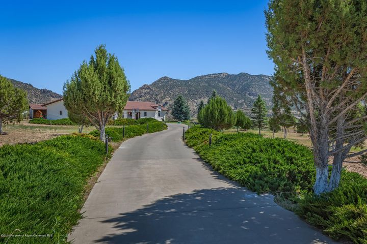 1007 Mesa Drive