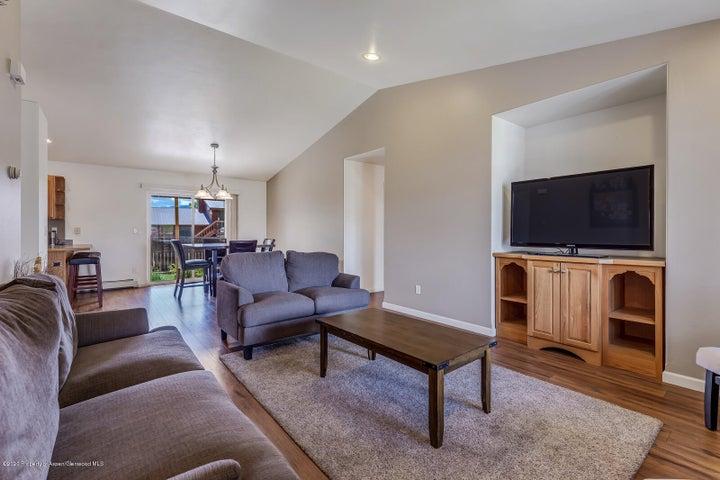1345 W Spruce Court