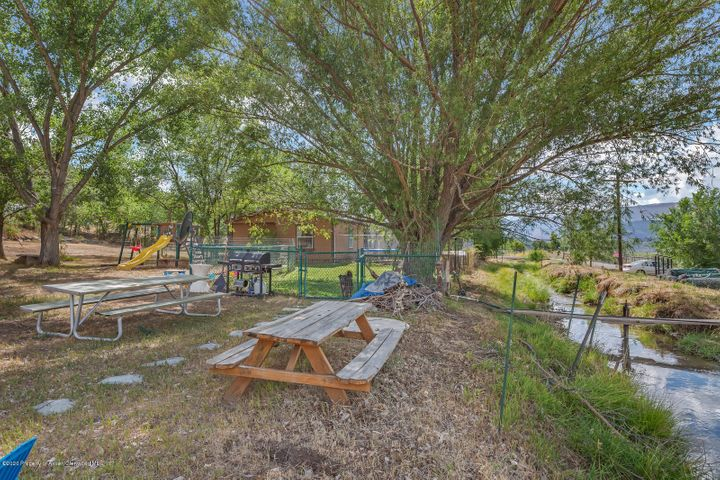 11001 County Road 320