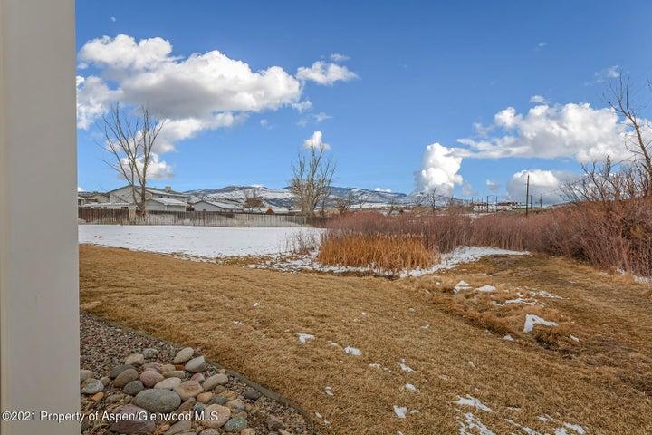 2501 Meadow Circle