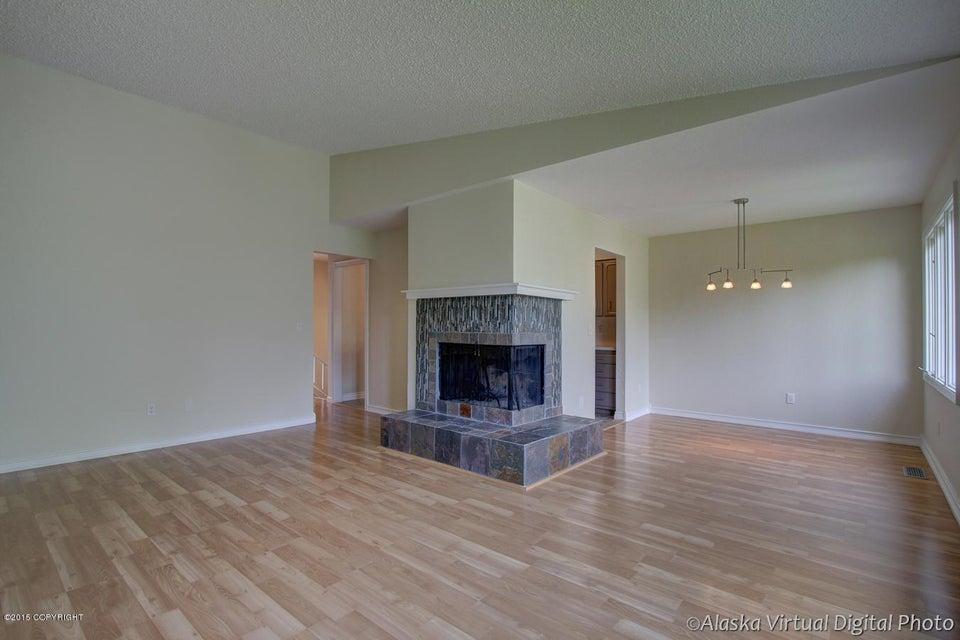 3809 Hampton Drive, Anchorage, AK 99504