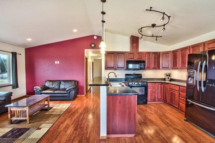 4221 W Rangeview Drive, Wasilla, AK 99623