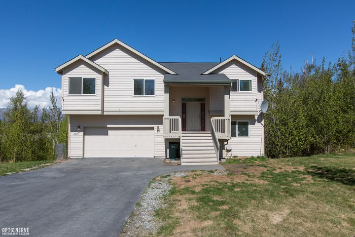 8481 E Queensboro Avenue, Palmer, AK 99645