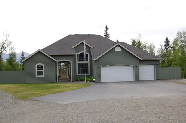 Front exterior of home, very clean and inviting home on 5 acres with beautiful view.