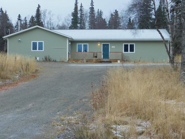 1827 Wasky Rd is a well constructed Ranch Style home of 2824 sqft.