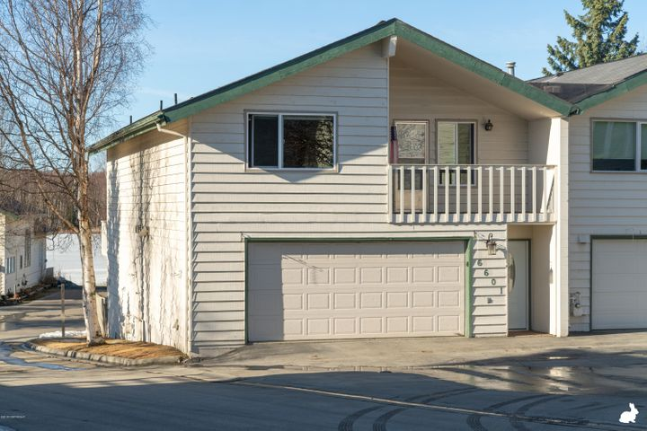 6601 Cutty Sark Street, Anchorage, AK 99502