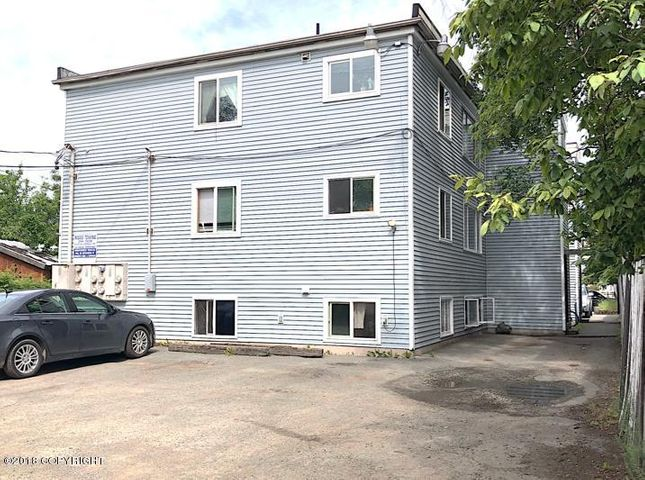 420 E 14th Avenue, Anchorage, AK 99501