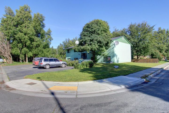 2808 Jones Avenue, Anchorage, AK 99517