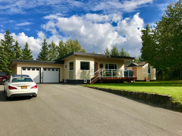 14201 Specking Avenue, Anchorage, AK 99515