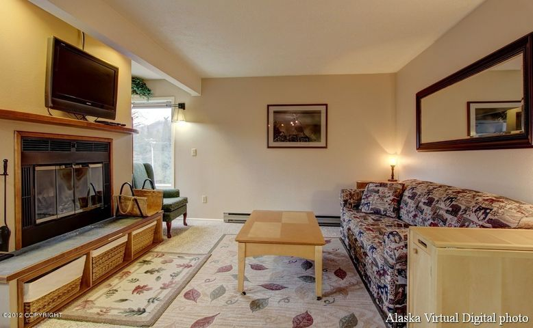 314 Crystal Mountain Road, Girdwood, AK 99587