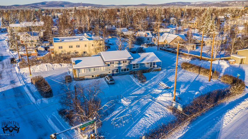 912 Barnette Street, Fairbanks, AK 99701