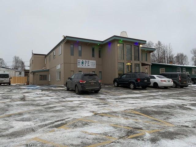 570 W 53rd Avenue, Anchorage, AK 99518