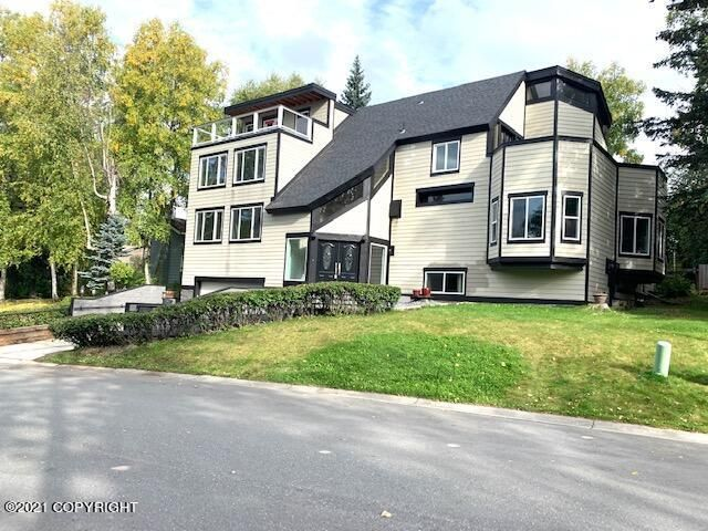3869 Helvetia Drive, Anchorage, AK 99508