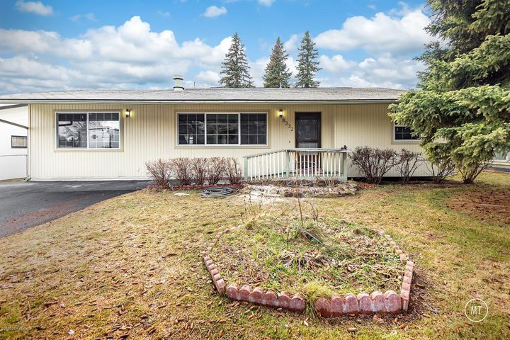 8232 Blackberry Street, Anchorage, AK 99502