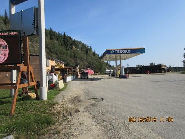 3040 Parks Highway