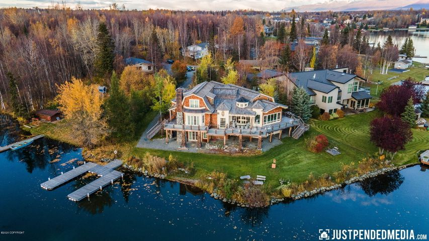 3806 North Point Circle, Anchorage, AK 99502