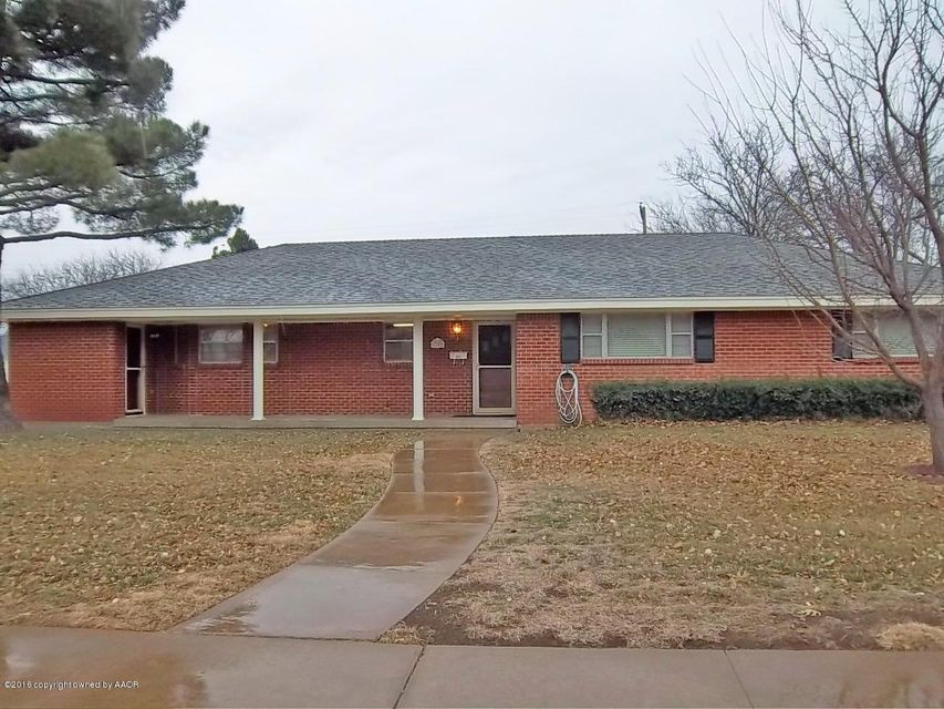 6101 Adirondack Trail Amarillo Home Listings - Howard Smith Co, Realtors - The Howard Smith Team Real Estate