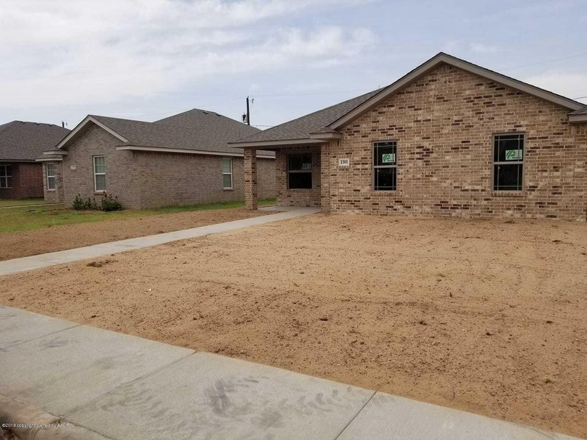 Photo Of 1301 Fox Hollow Ave Amarillo Tx 79108