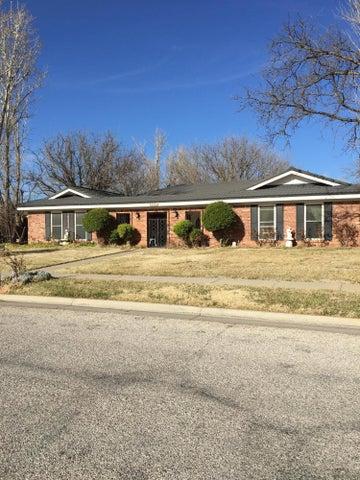 6408 Oakhurst Dr, Amarillo, TX 79109
