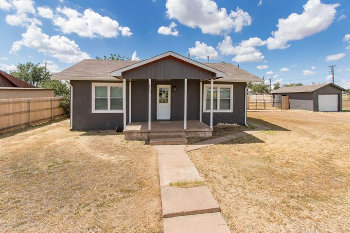 112 WHORTON AVE, Happy, TX 79042