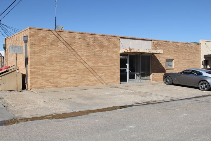 15 SE 5th Ave, Perryton, TX 79070