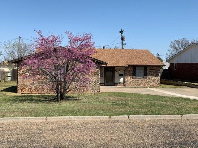 203 Concord St, Borger, TX 79007