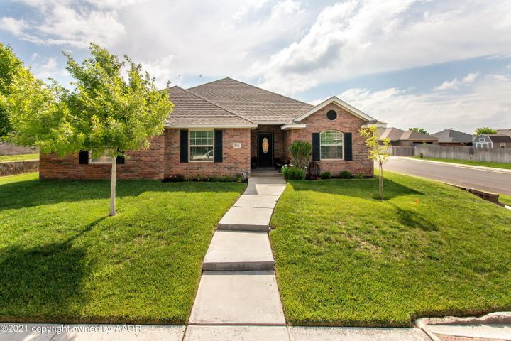 8411 TAOS DR, Amarillo, TX 79118