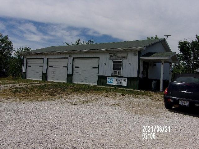 6427 State road UU, Fulton, MO 65251