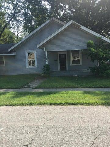 448 S Rollins Street, Centralia, MO 65240