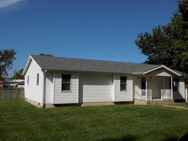 421 N Stone Street, Centralia, MO 65240
