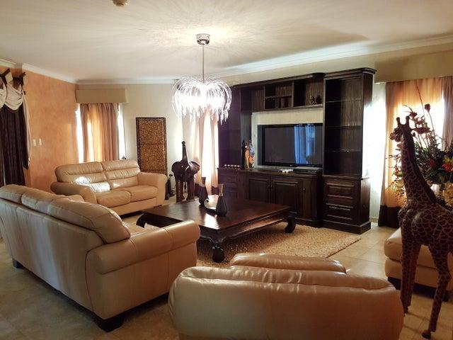 Residential-Casa Aruba>Noord>Noord - Venta:1.950.000 Dolar - codigo: 17-35