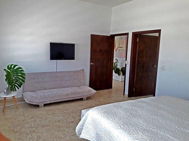 Residential-Casa Aruba>Oranjestad>Oranjestad - Alquiler:1.650 Dolar - codigo: 17-47